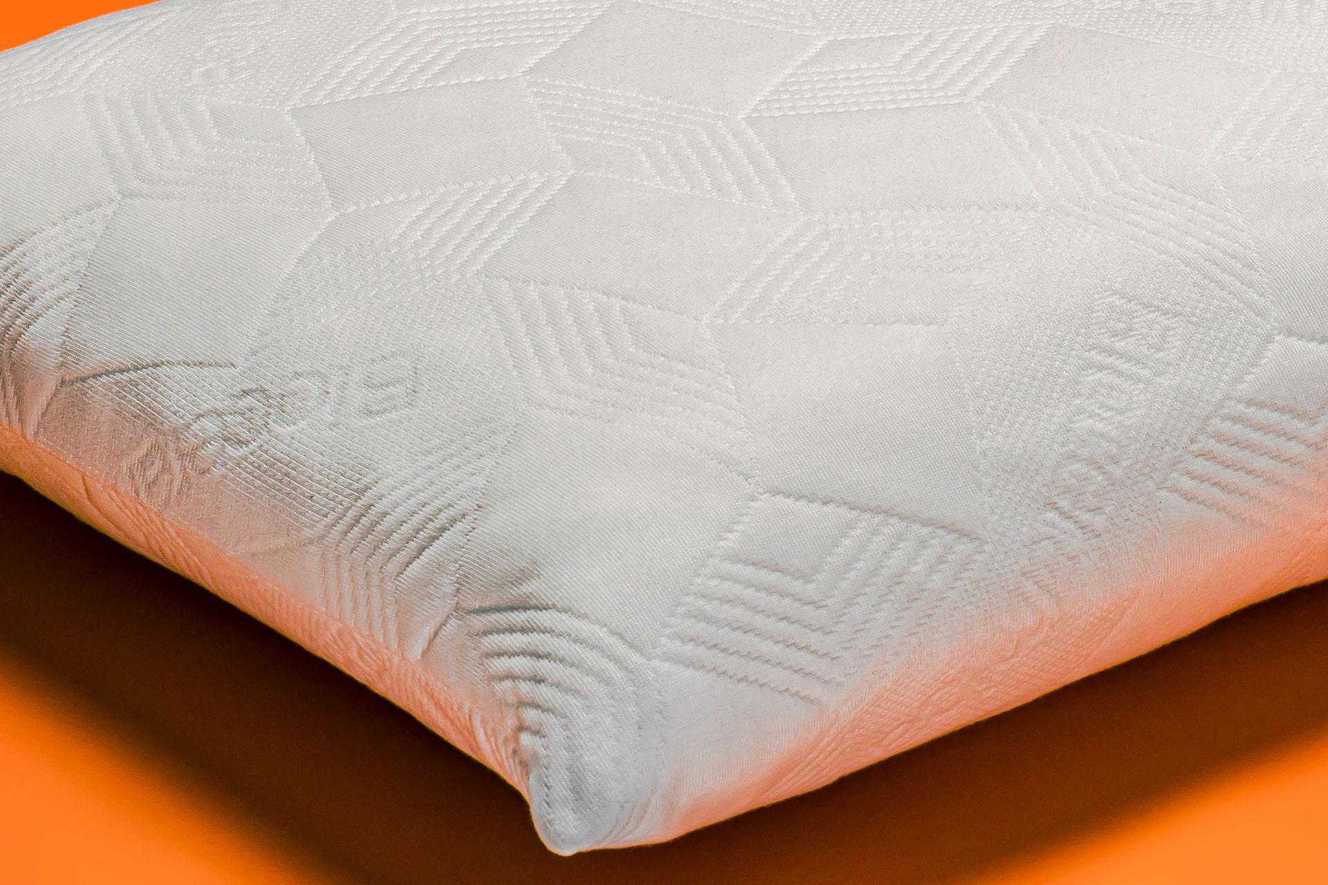 Dettaglio Cuscino in memory massaggiante e aerato