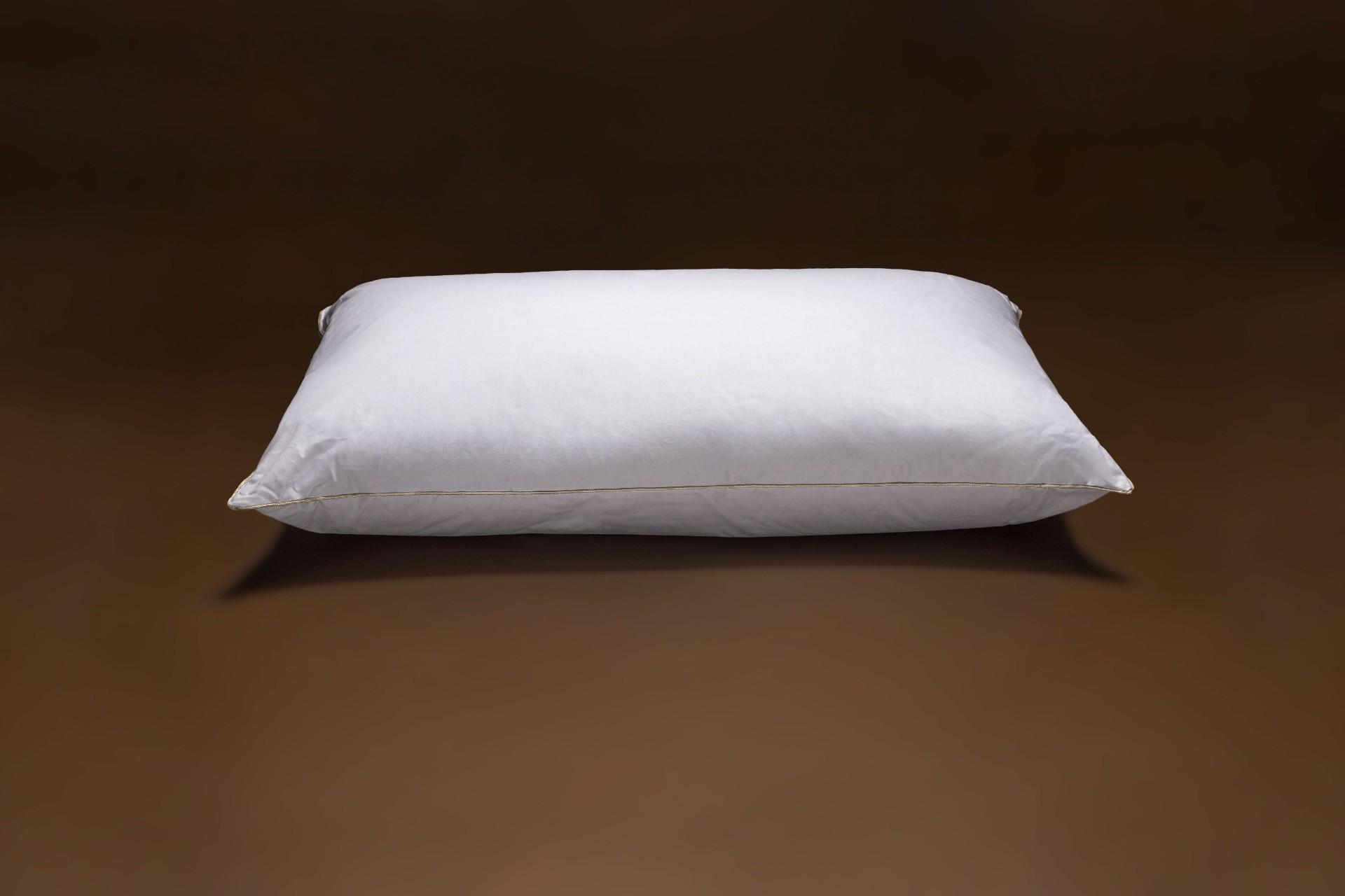 Cuscino con piume basso – Fabe