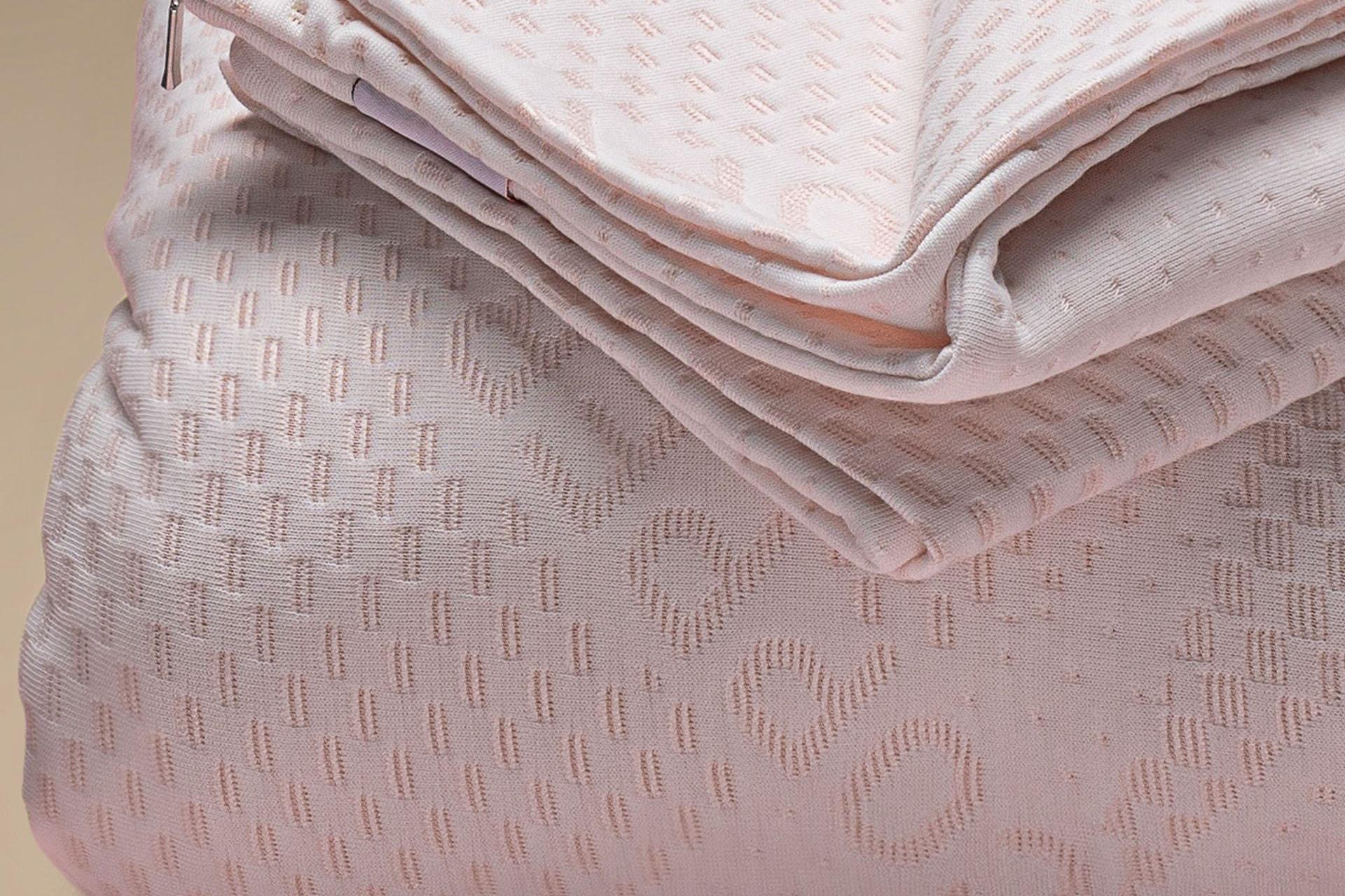 copricuscino coprimaterasso a maglia semi imbottito copper a cappuccio dettaglio